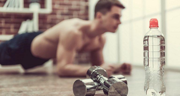 5 vježbi koje možete odraditi prije spavanja