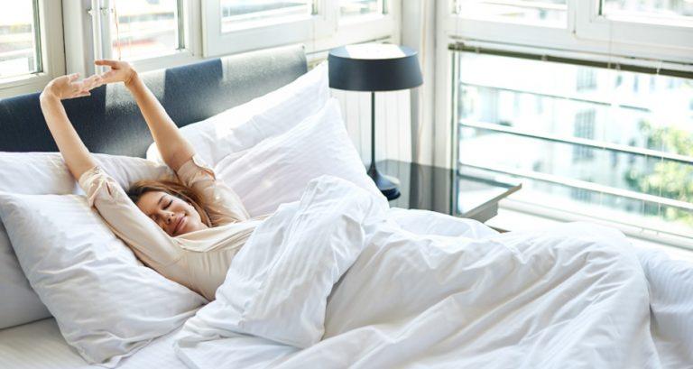 Buđenje bez mobitela – savjeti za lakša jutra
